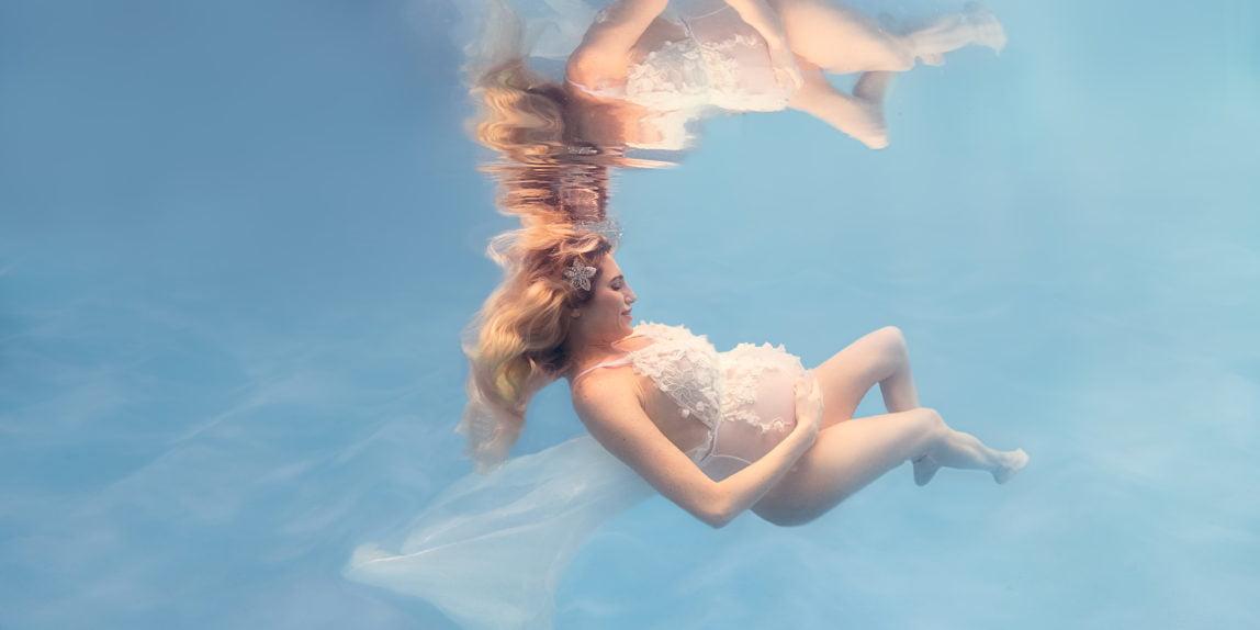 Fotografia underwater maternity vicky xipolitakys