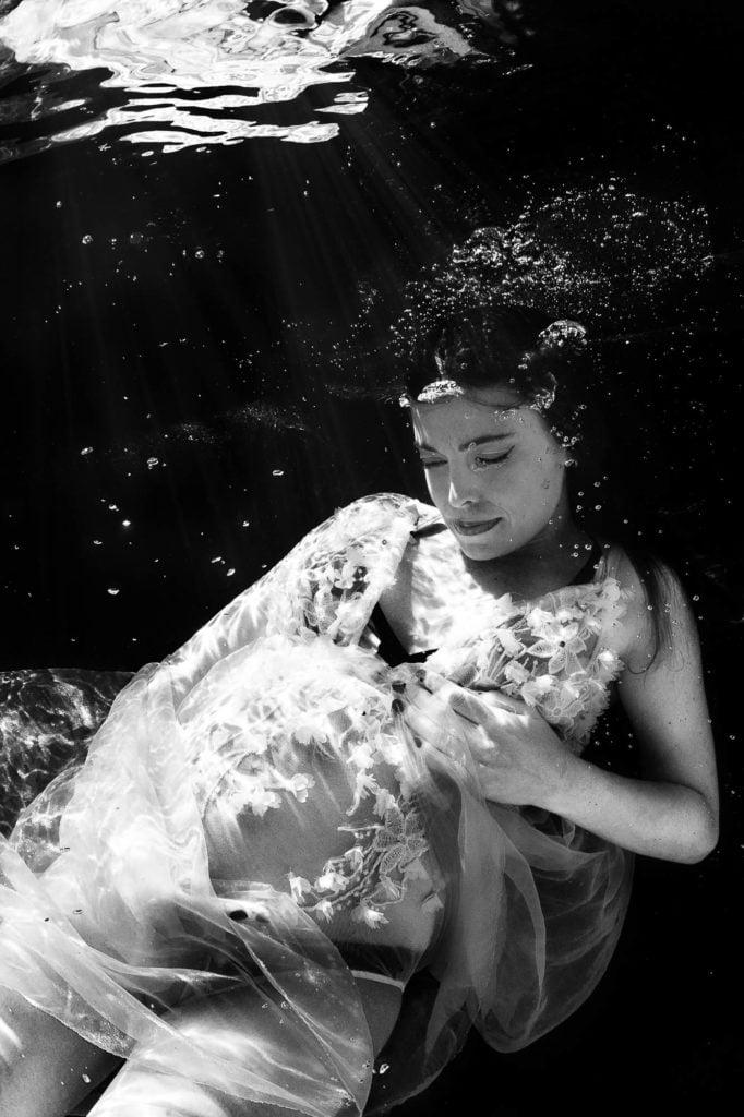 Fotografia de Maternidad bajo el agua